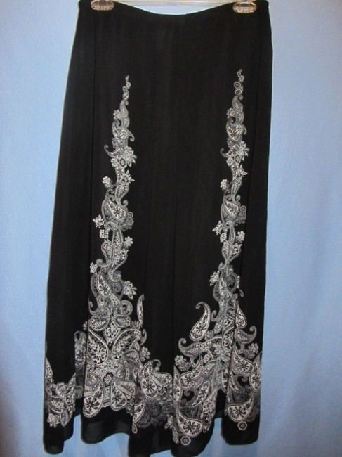 Coldwater Creek Skirt black with rpint Image 2