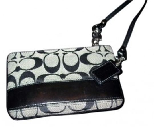 Coach Wristlet in black n grey
