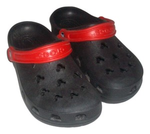 Crocs Black/Red Sandals