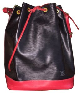 Louis Vuitton Tote in Red/Black