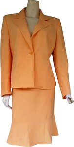 Kasper Kasper Petite 2 Piece Skirt Suit Size 6 Secret Garden ~ Sorbet/Light Orange