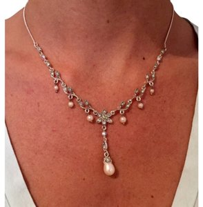 Other Pearl Drop Necklace and Earrings Set