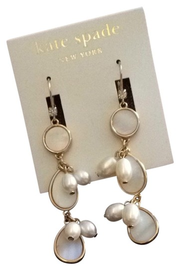 Preload https://img-static.tradesy.com/item/741225/kate-spade-gold-with-pearl-and-dangling-earrings-0-0-540-540.jpg