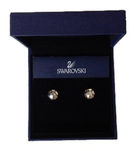 Swarovski Pierced earrings:Points of light