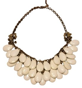 Francesca's Francesca's statement collar necklace EUC