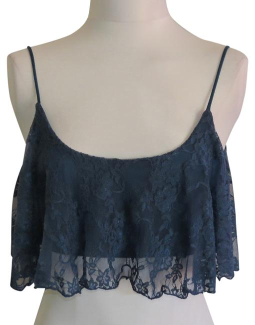 Preload https://item5.tradesy.com/images/blue-new-without-tags-medium-halter-top-size-10-m-741794-0-0.jpg?width=400&height=650