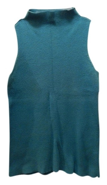 2 Tops in 1 Price Sleeveless Knit Sweater