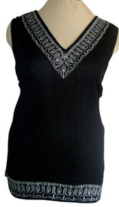 Avenue Top BLACK W WHITE TRIM