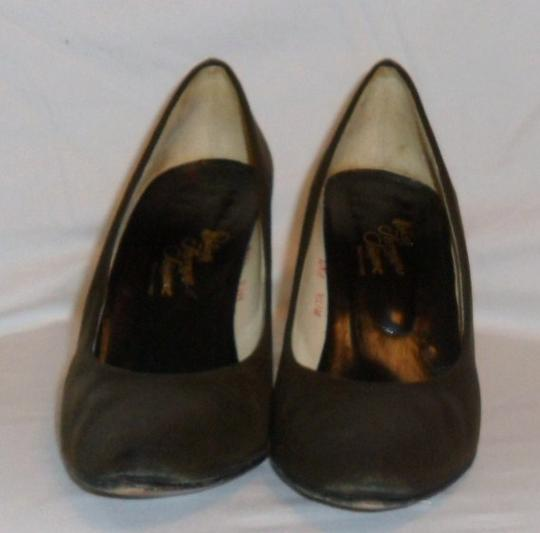 Rolina Ferragarro Schiavone Brown Pumps