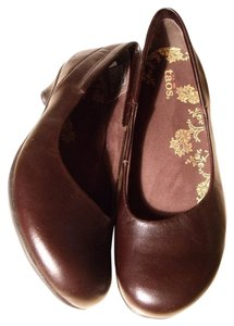 Taos Footwear Espresso Leather Flats