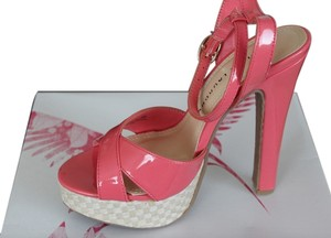 Chinese Laundry Platform Sandal Pink Sandals