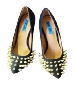 Peggy sue Black and gold Pumps
