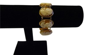 AMEDEO AMEDEO Oval 8-Station Cameo 14k Yellow Gold Line Bracelet Fits 7 inch wrist