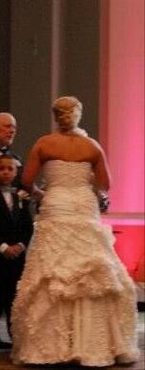 Alfred Angelo Diamond/Silk White Modern Wedding Dress Size 12 (L)