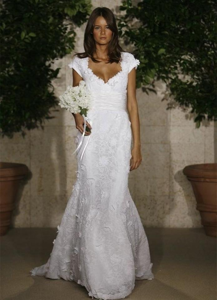 Oscar de la renta white ivory 82n01 feminine wedding dress size 4 oscar de la renta white ivory 82n01 feminine wedding dress size 4 s junglespirit Choice Image