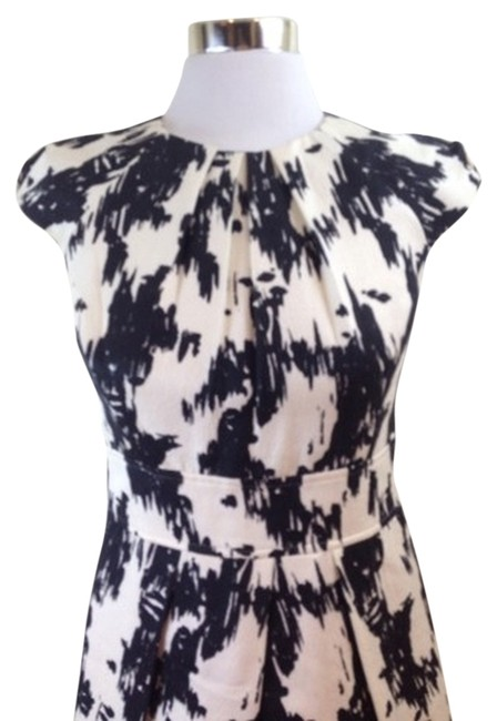 Preload https://item2.tradesy.com/images/shoshanna-black-and-white-ikat-above-knee-cocktail-dress-size-4-s-743776-0-0.jpg?width=400&height=650