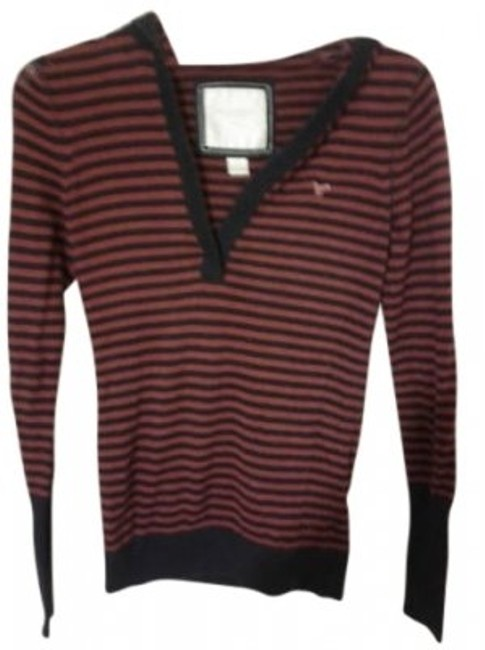 Preload https://img-static.tradesy.com/item/7439/american-eagle-outfitters-navy-and-burgundy-sweaterpullover-size-6-s-0-0-650-650.jpg