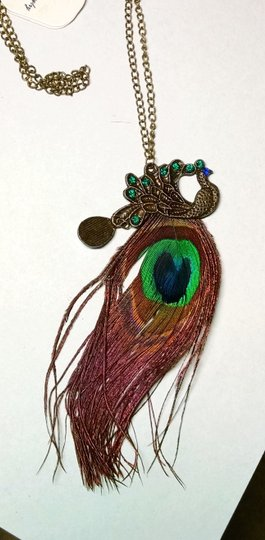 Other New Peacock Feather Necklace Antiqued Gold J1377 Image 2