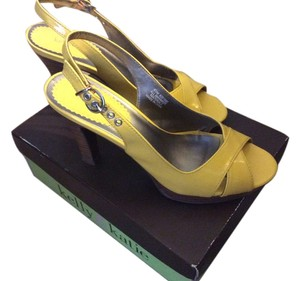 Kelly & Katie Yellow Pumps