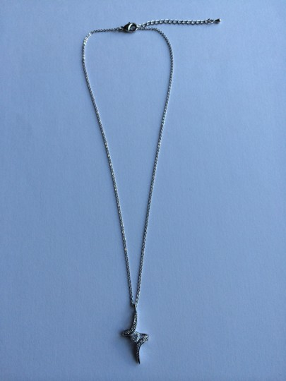 Other Cubic Zirconia Pendant with center stone