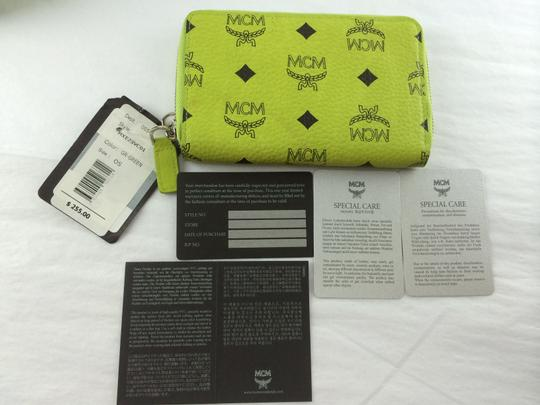 Mcm Smart Phone Case Lime Green Visetos Small Wallet 29 Off Retail