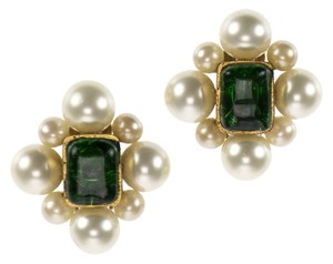 Chanel Chanel Vintage Green Pearl Gripoix Earrings