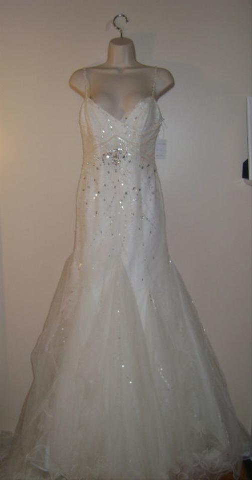 Designer sample chiffon gown one of a kind wedding dress for Designer sample wedding dresses
