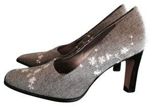 Escada Gray Pumps