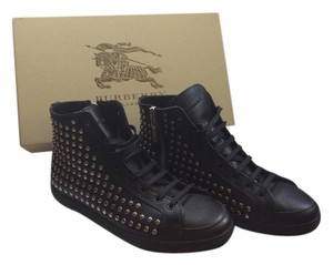 Burberry Cattell High Top Sneakers Sneakers Leather Black with silver Studds Athletic