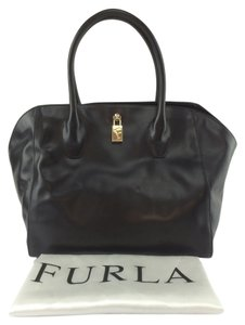 Furla Olimpia Leather Tote in Onyx black