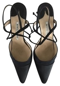 Manolo Blahnik Pointed Toe Lace Up Tie Black Formal