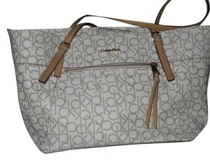 Calvin Klein Tote in Cream and Tan