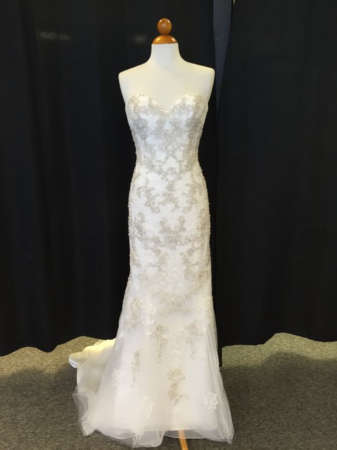 Item - Ivory/Silver Lace D1676 Destination Wedding Dress Size 10 (M)