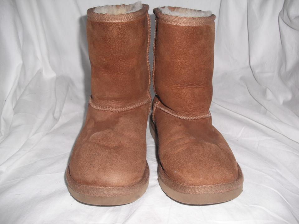 2acfe9598d5 UGG Australia Chestnut Kids Classic 5251 Boots/Booties Size US 13 ...