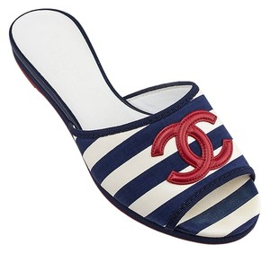 Chanel Designer Navy White Striped Stripe Red Cc Logo Flats Flat Summer Beach Vacation Luxury Fashion Runway Blue Sandals