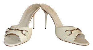 Gucci Peep Toe Size 6 Antique White Pumps