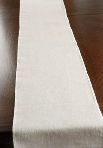 Linen 20 Table Runners Tableware