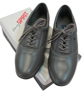 Easy Spirit Leather Size 9.00 Aaa Width Gray Flats