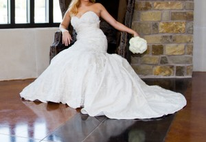 Oleg Cassini Stunning Dress Wedding Dress