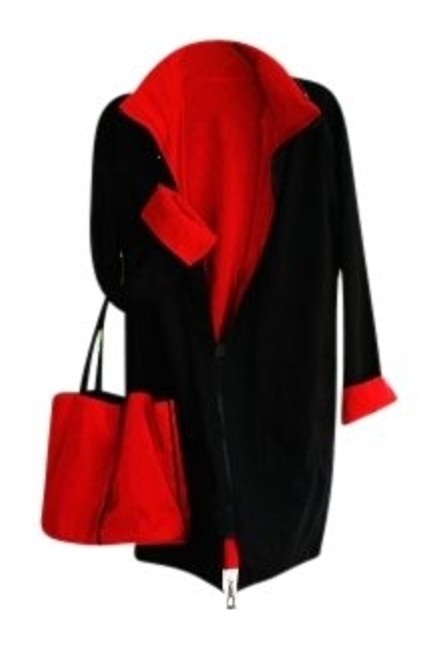 Preload https://img-static.tradesy.com/item/7476/black-and-red-reversible-great-looking-with-hood-tote-bag-raincoat-size-10-m-0-0-650-650.jpg