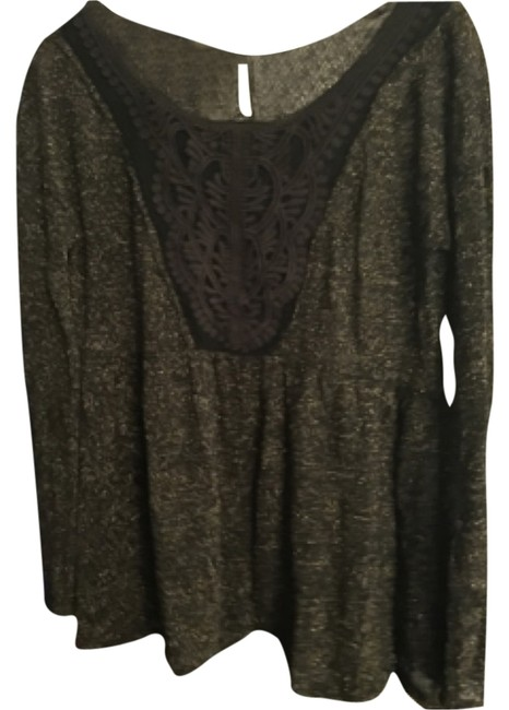 Preload https://img-static.tradesy.com/item/7478167/free-people-green-tunic-size-2-xs-0-0-650-650.jpg