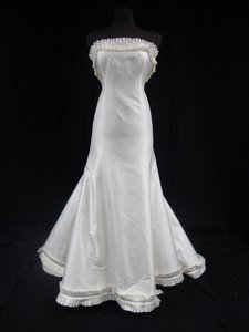 Romona Keveza Diamond White Dupioni Silk Trumpet Gown Wedding Dress Size 8 (M)