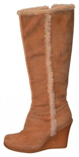 Preload https://img-static.tradesy.com/item/7488/charles-david-camel-knee-high-suede-bootsbooties-size-us-8-regular-m-b-0-0-540-540.jpg