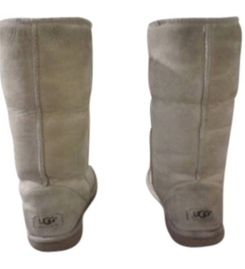 Preload https://item5.tradesy.com/images/ugg-australia-tall-bootsbooties-size-us-6-wide-c-d-7489-0-0.jpg?width=440&height=440