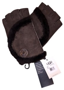 UGG Australia Ugg Bailey Fingerless Gloves - Brown **New with tags**