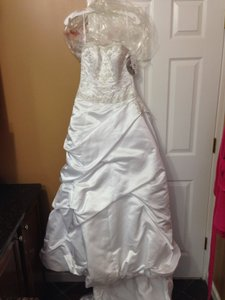 Oleg Cassini Ct221 Wedding Dress