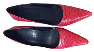 Gianni Bini Crocodile Pink Pumps