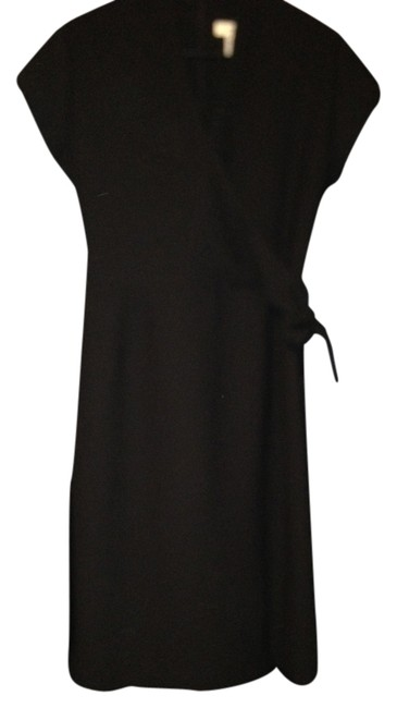Preload https://item1.tradesy.com/images/amanda-smith-black-v-neck-knee-length-workoffice-dress-size-10-m-749985-0-0.jpg?width=400&height=650