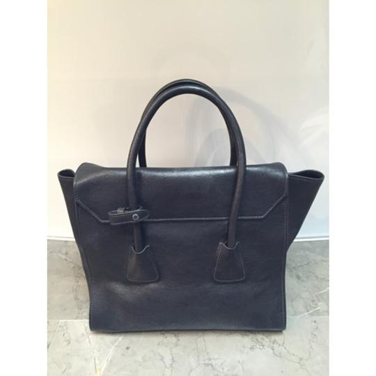 Prada Leather Tote in black Image 2