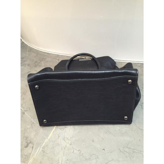 Prada Leather Tote in black Image 3